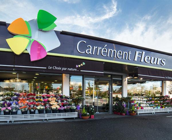 Devanture de magasin Carrément Fleurs