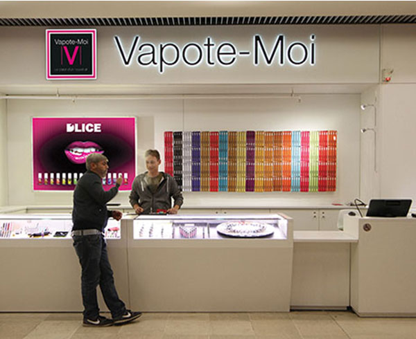 Stand Vapote-Moi